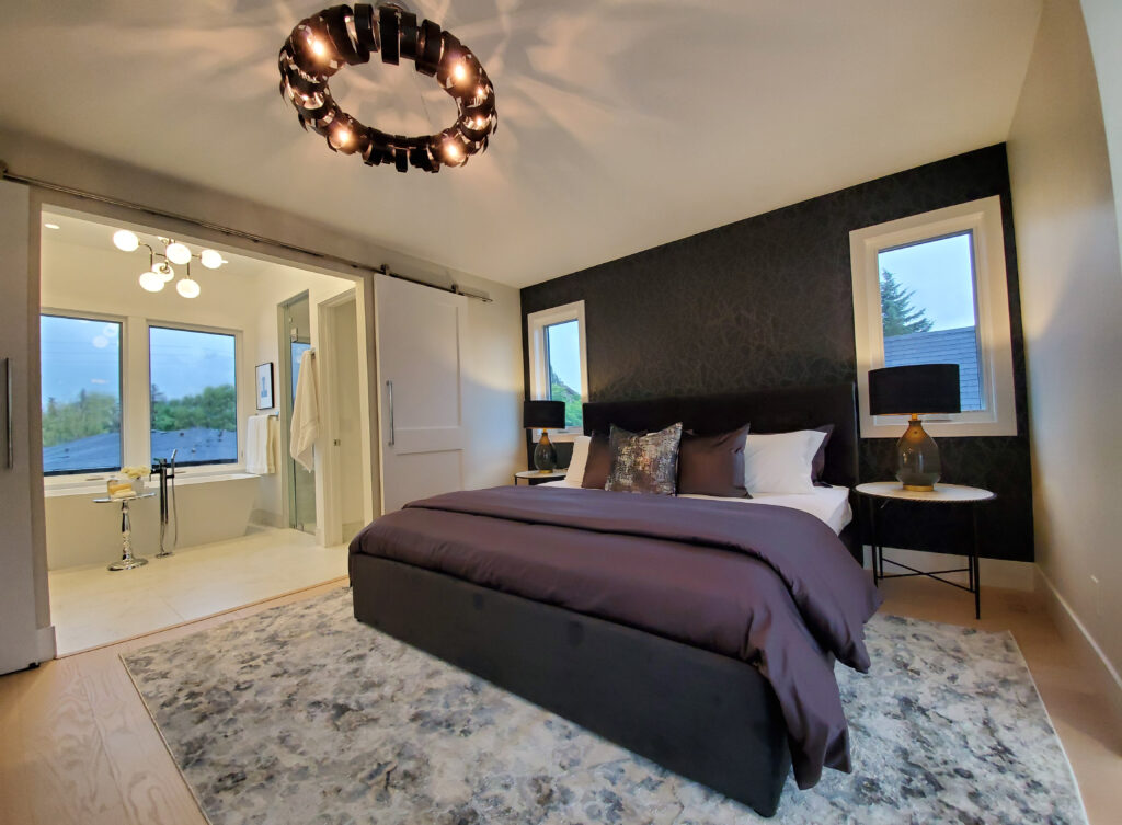 Design Theme - Bedroom with feature wall and luxurious ensuite